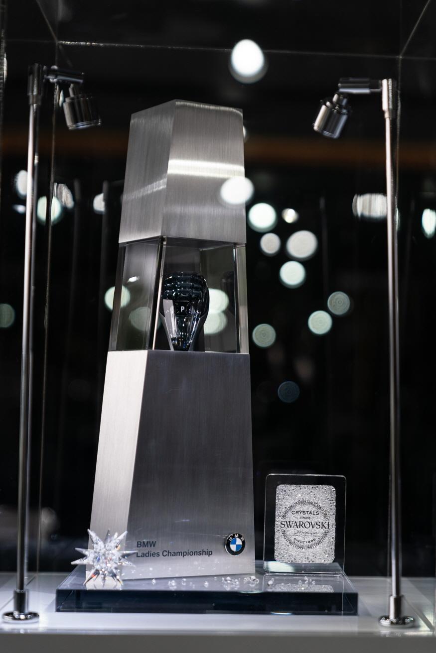 875-BMW 레이디스 챔피언십 2019 우승 트로피 (4).jpg